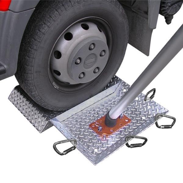 Plate for trucks